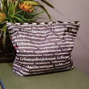 LeSportsac XL Nylon Weekender Tote Bag Black